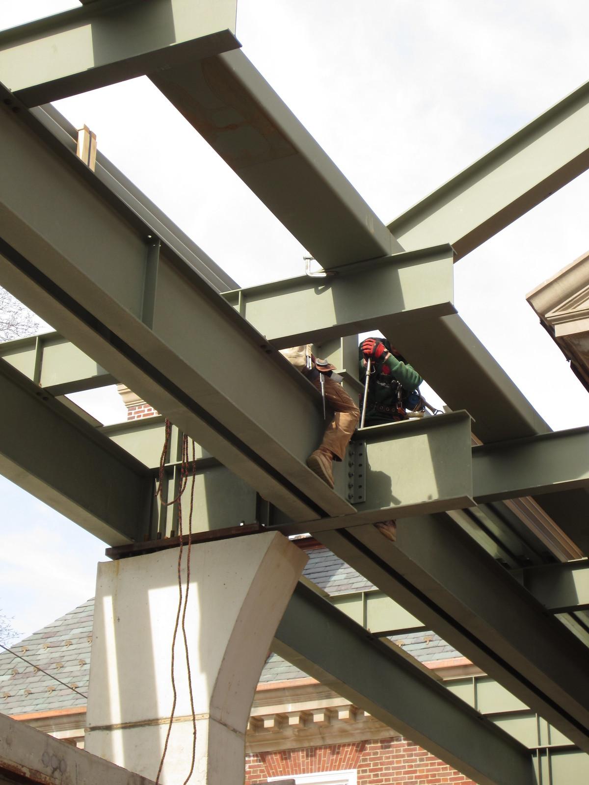 Roof Truss Fasteners Fastening Atrium Roof Trusses