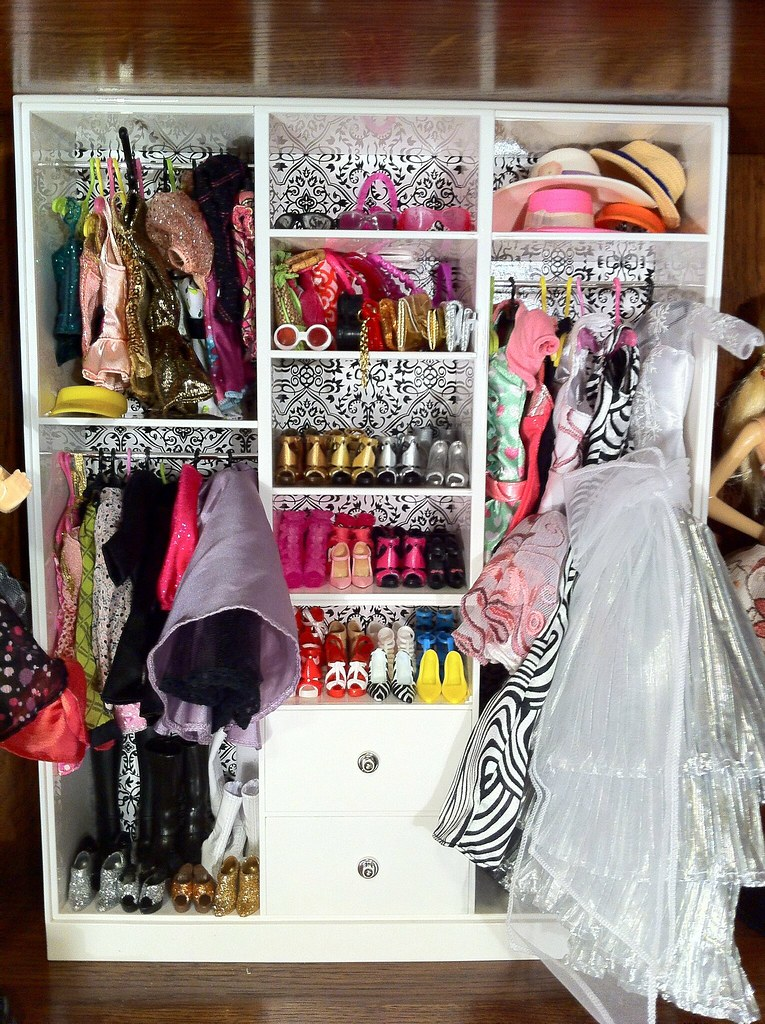 barbie wardrobe closet olivia noinaj flickr