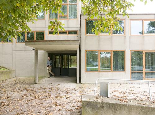 hochschule f r gestaltung ulm main entrance michael dant flickr. Black Bedroom Furniture Sets. Home Design Ideas