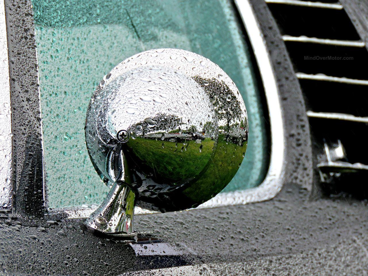 Wet Lamborghini Miura Greenwich 2