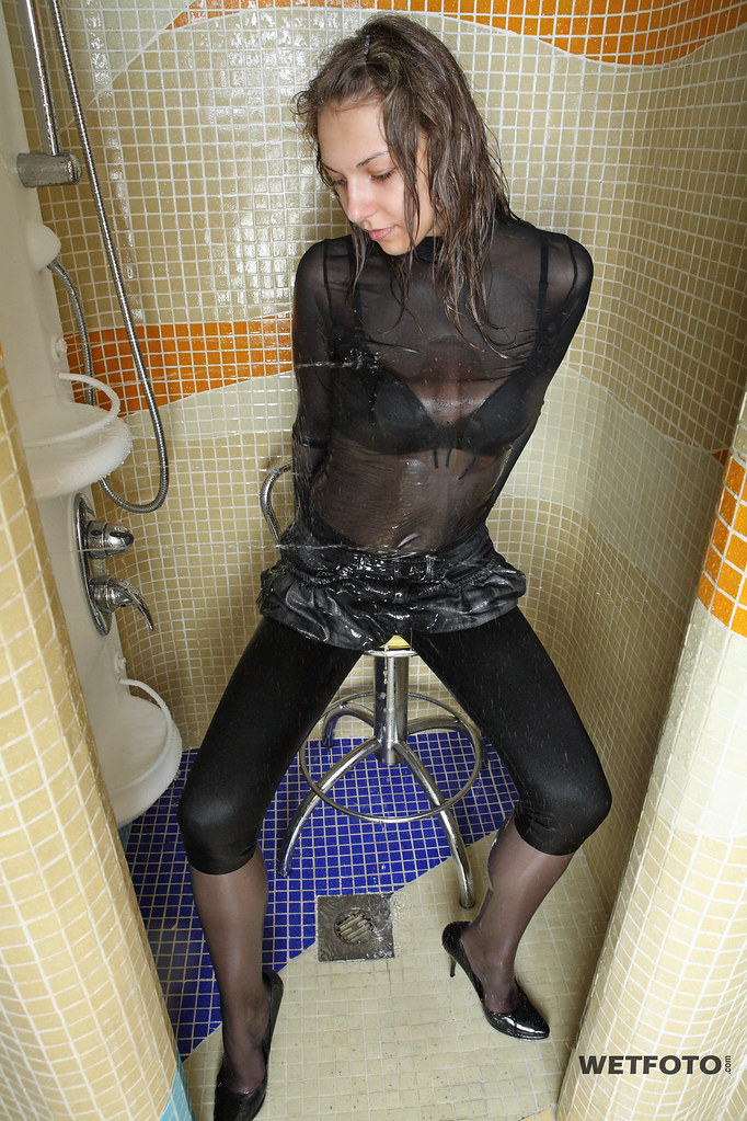 258 wetlook with two sexy girls in wet tights and legging