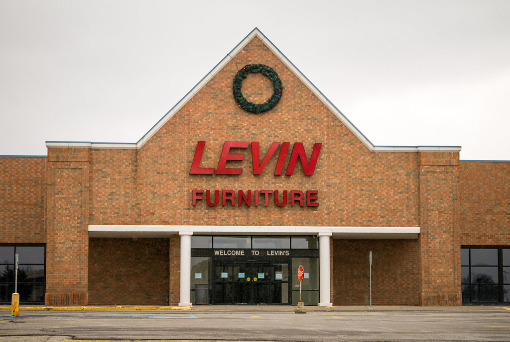 Merveilleux ... Closed Levin Furniture Store | By Nicholas Eckhart