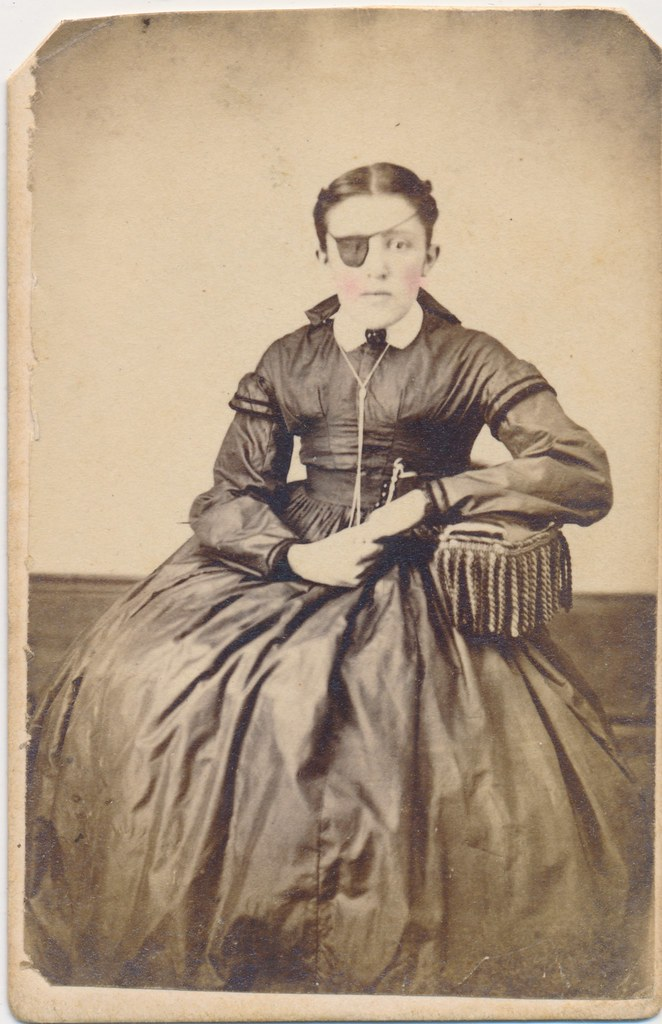 2016 Top 100 Countdown 89 Carte De Visite Woman With An Eyepatch