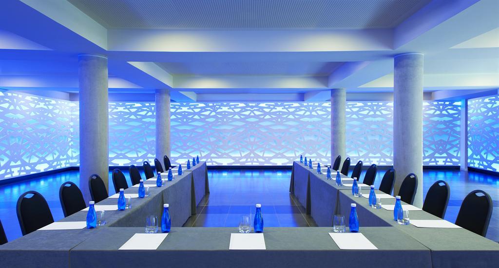 Aa Meeting Room