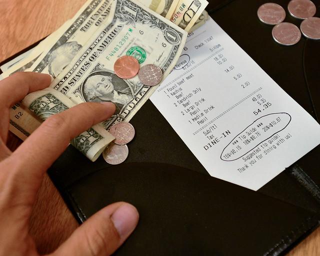 Dinero y propinas en Estados Unidos
