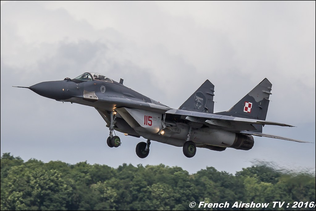 MiG-29 Fulcrum Polish Air Force , Belgian Air Force Days 2016 , BAF DAYS 2016 , Belgian Defence , Florennes Air Base , Canon lens , airshow 2016