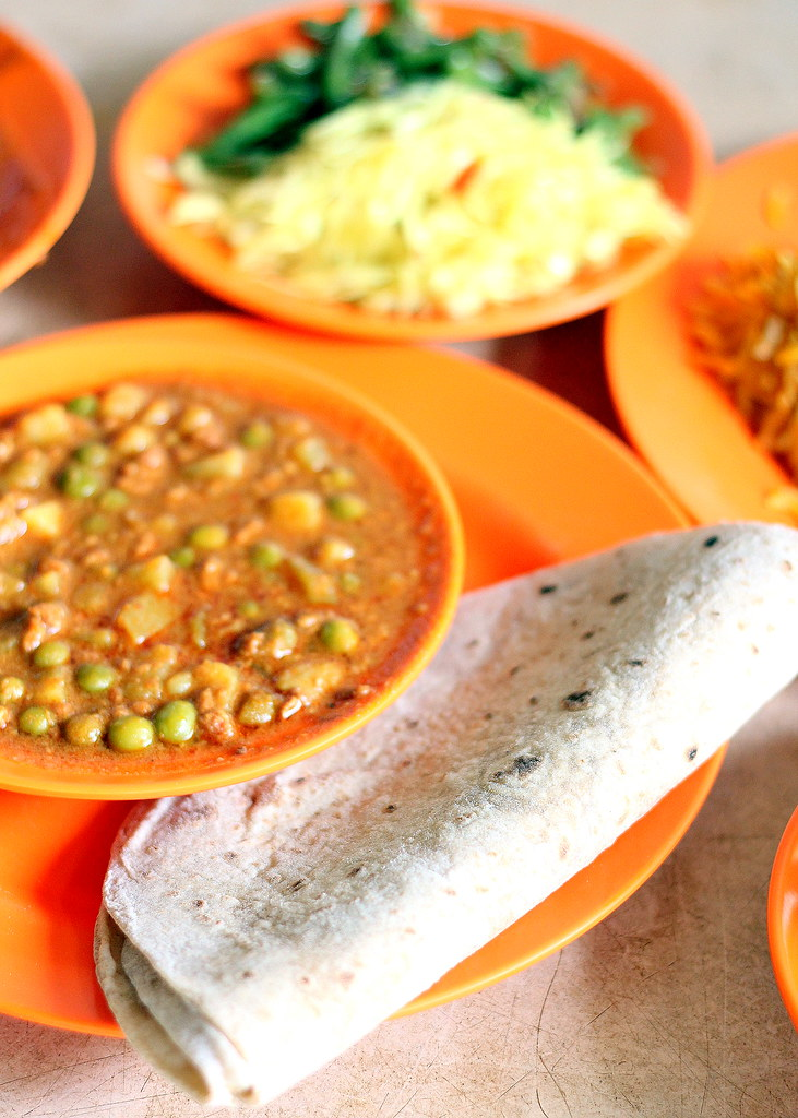madini-food-stall-chapati-with-keema