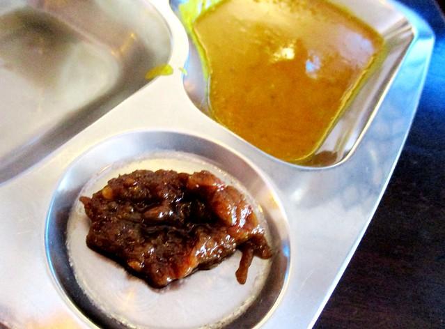 Roti paratha, sambal