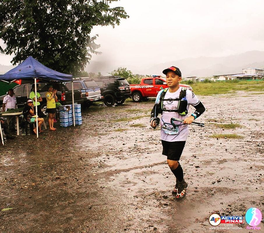 Using my Amihan Running Vest at Miyamit Falls - 26K - Photo by Active Pinas