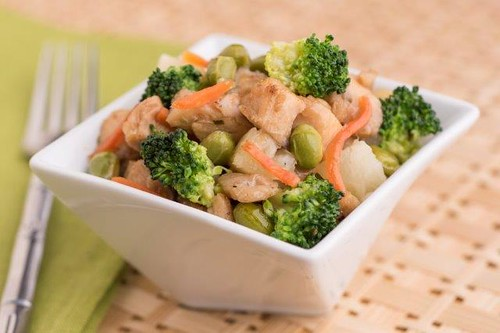 Chicken stir fry in a bowl