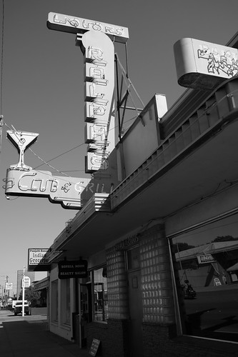 Ralph's Club & Grill, Tracy | by vhines200