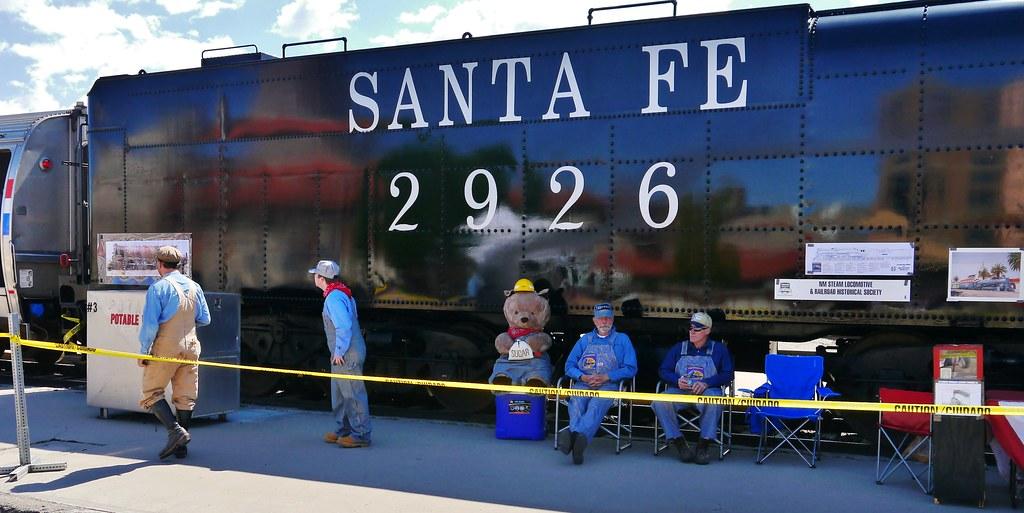 51113 12 the santa fe 2926 steam engine is being rebuilt. Black Bedroom Furniture Sets. Home Design Ideas