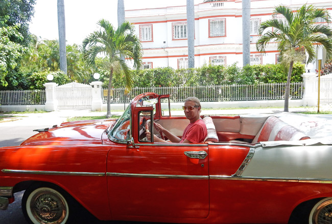 vintage-car-ride-havana