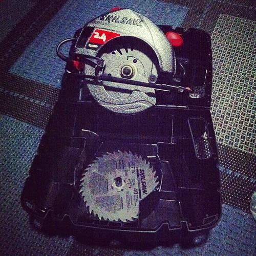 skilsaw 2.4 hp 13 amp manual