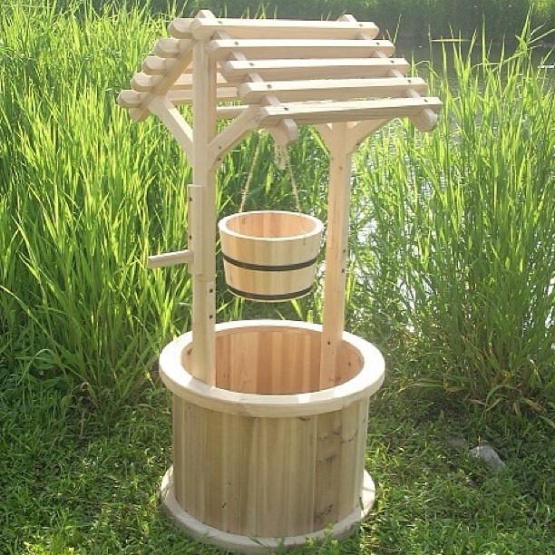 Imitaci n a pozo para tu jard n diferentes medidas y colo for Balancines de madera para jardin