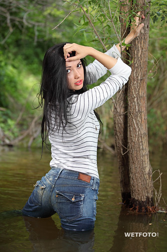 Wetlook In Tight Jeans 265  Brunette Girl In Tight Jeans -3157