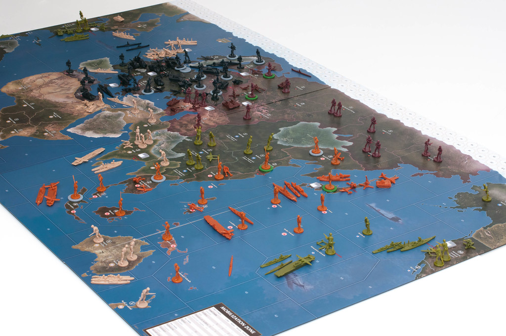 Axis and Allies 1942 second Edition 7605065268_e965b0fc7a_b
