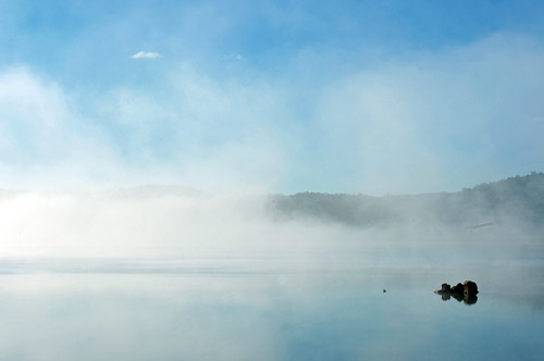 Lake Jindabyne in the Misty Morning | Jindabyne, New South Wales | by Ping Timeout