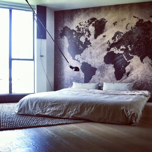 Travel Inspired Room Decor