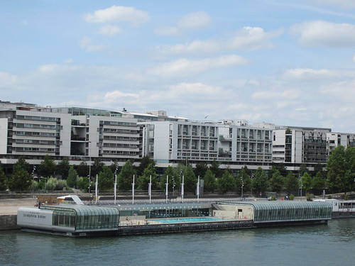 As we continued walking we came upon the seine river and for Piscine josephine baker swimming pool
