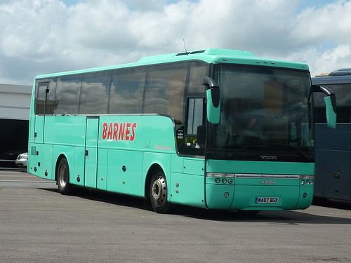 BARNES COACHES - Volvo B12B / Van Hool Alizee (C49FT) - WA… | Flickr