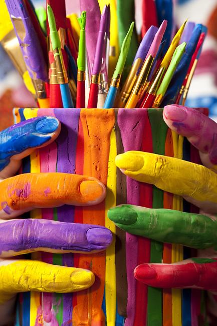 Ярких красок в жизни поздравление