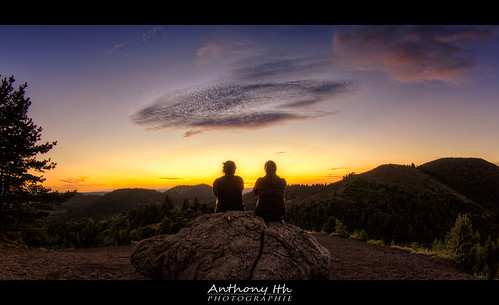 Meeting at the top of Puy de la Vache | by Tazer - Anthony Ith