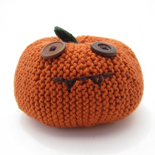 2012 Knitted Pumpkin Heads | by nattyknitsclare