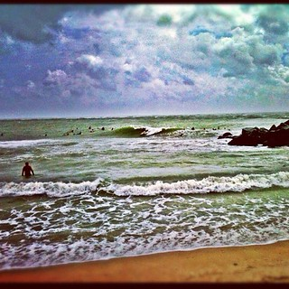 Was crowded but fun. The sun shone, the wind gusted, and the rain fell hard. Good times. #surf #isaac | by alexdecarvalho