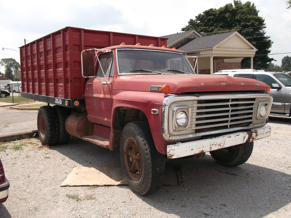 Ford F600 Custom Cab Farm Truck6 Seen At The Annual Swee Flickr 1941 Grain Truck By Cjp02
