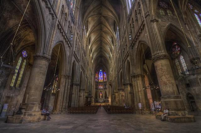 Cath drale saint tienne la cath drale saint tienne est l flickr phot - Kartell saint etienne ...