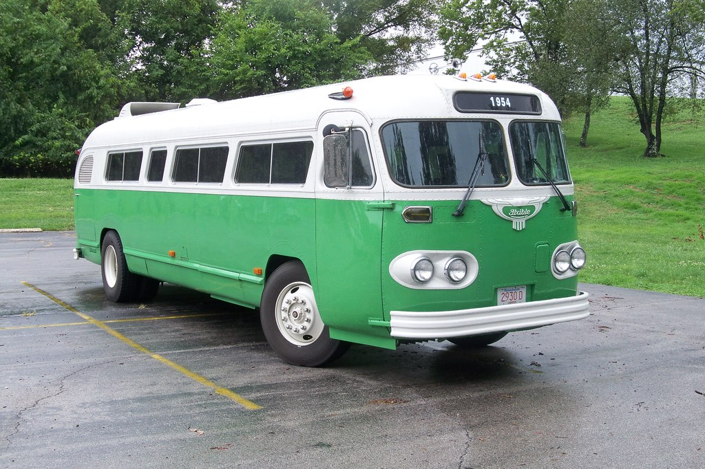 1954 Flxible Bus RV