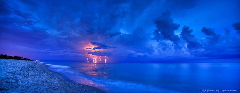 Lightning-Storm-at-Beach-Over-the-Atlantic-Ocean