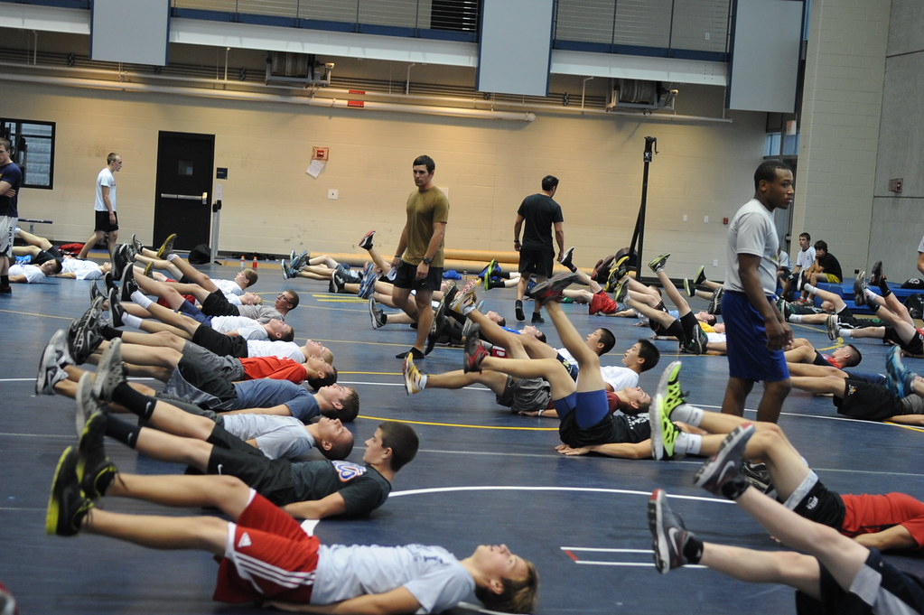 High School wrestlers take part in the U.S. Navy SEAL trai… | Flickr