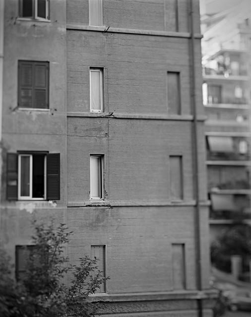 La finestra di fronte calumet c1 8x10 ilford fp4 flickr photo sharing - La finestra di fronte soundtrack ...