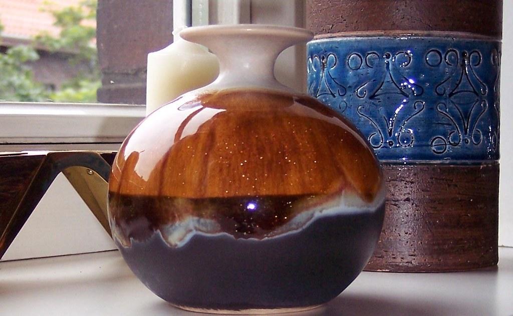hutschenreuther keramik vase art pottery ren e neue flickr. Black Bedroom Furniture Sets. Home Design Ideas