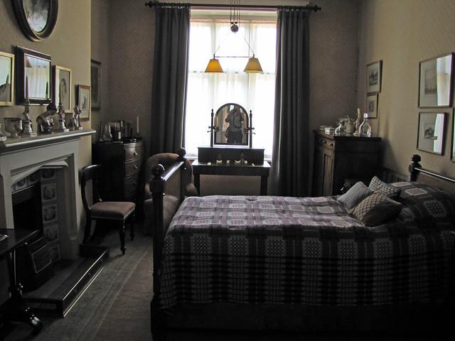 Hussey mansion man 39 s bedroom flickr photo sharing - Man bedroom photo ...