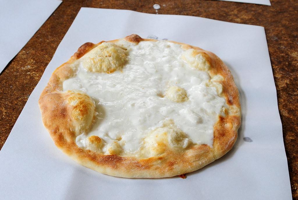 The tradition of Manakish Bread, Lebanon | Manakish. Alterna ...