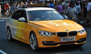 BMW 320d / Olympic Torch Relay Support Car / YF12 LGY | by Chris' 999 Pics