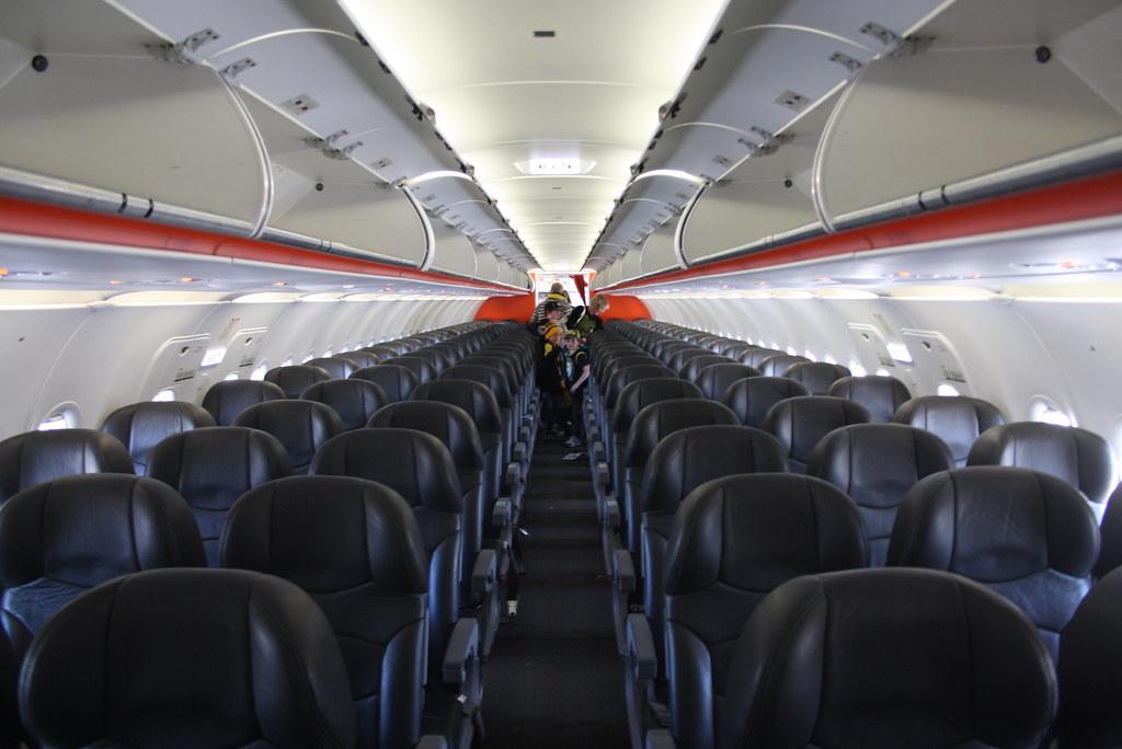 Jetstar Airbus A320-200 VH-VGD   Interior   brandongiacomin   Flickr