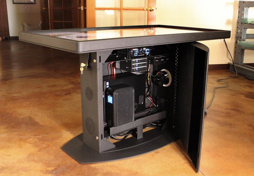 Сапр для инженера: интерактивный тач-стол pano.