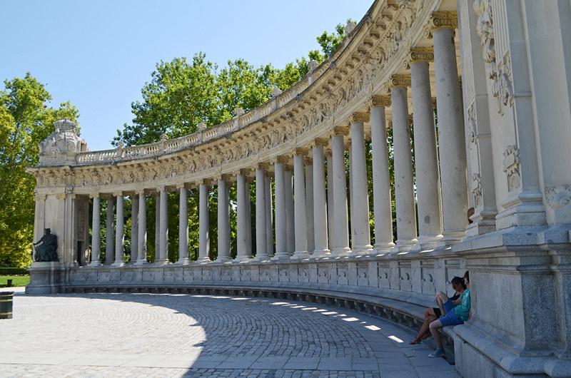 Monument to Alfonso XIII, Park de El Retiro, Madrid