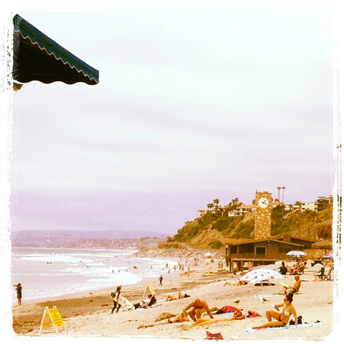 It's a Sunday beach day down in San Clemente! | by ayreshotels