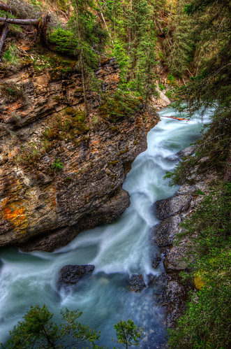 Johnston Canyon, Banff National Park | by D-Niev