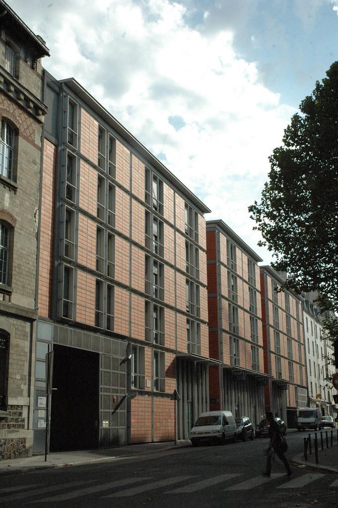 Rue de meaux 19e apartment buildings 64 rue de meaux for Garage rue de meaux vaujours