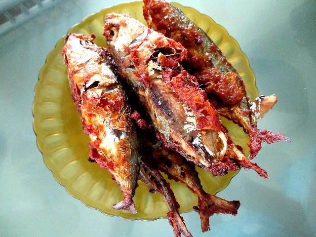 Bandong Walk ikan goreng