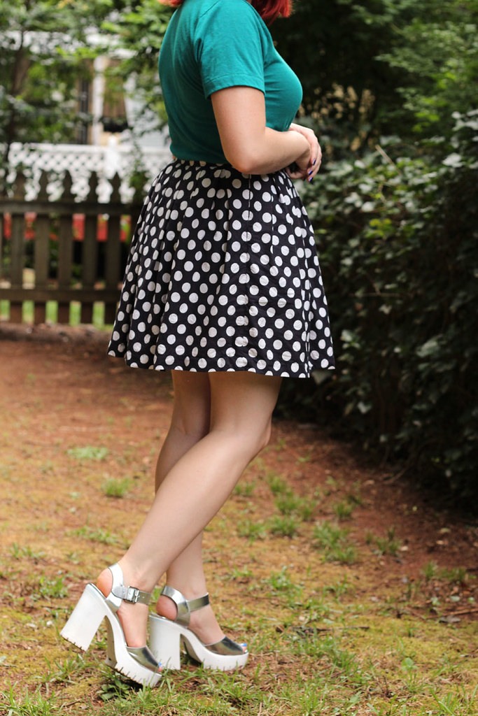Full Blue and White Dotted Skirt with Green-Blue T-shirt and Silver Tall Shoes