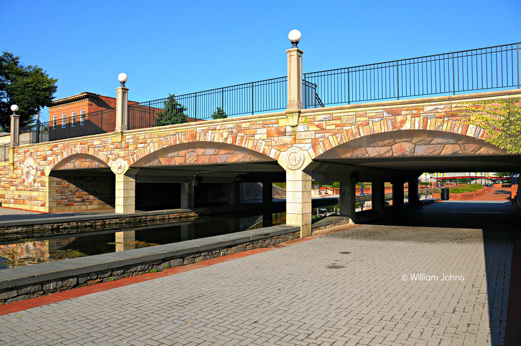 Community bridge and mural carroll creek park frederick for Bridge mural frederick md