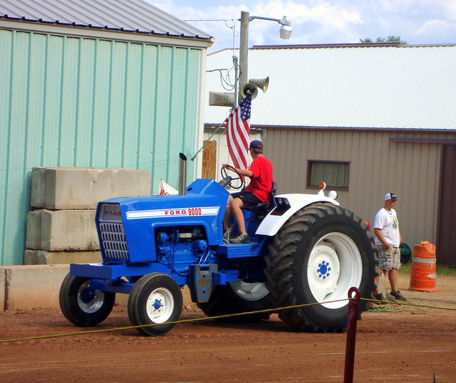 Ford Pulling Tractors : Ford garden tractor pulling