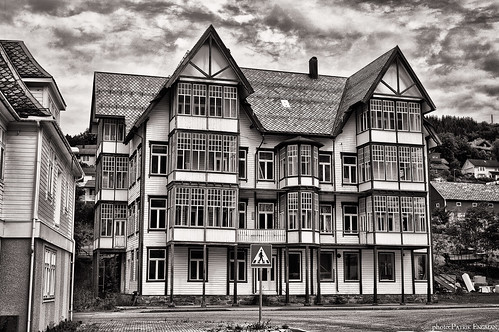 Old Sjøholt Hotell | by Wiking66